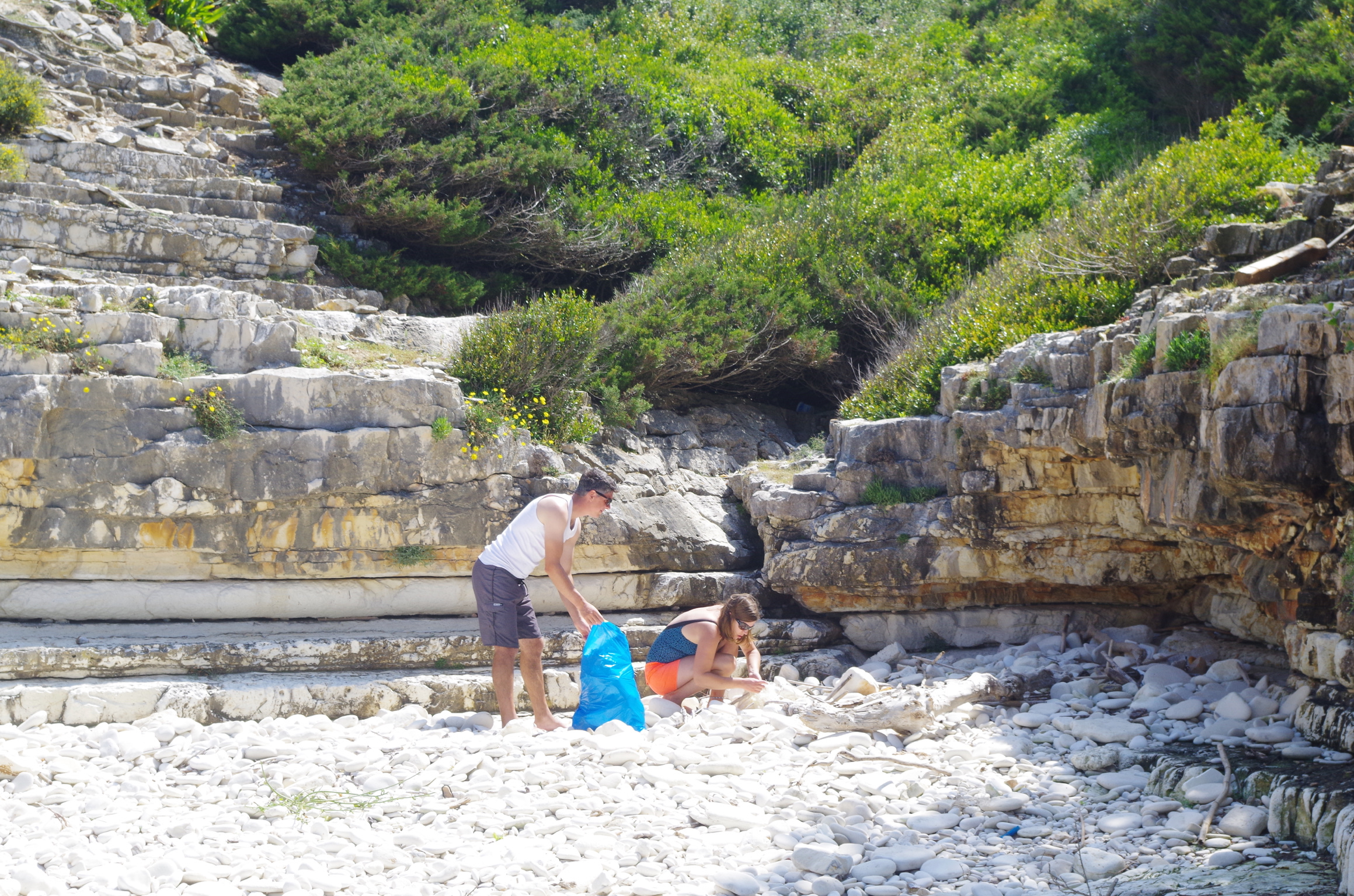 Anti-Paxos Beach Clean Up